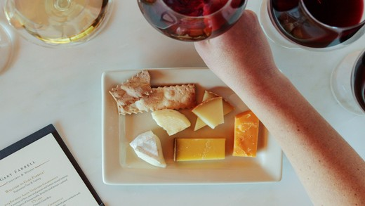 In-depth wine and cheese pairing guide